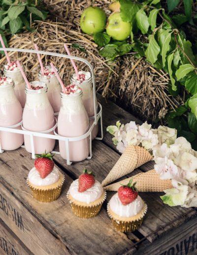 Norwood park newark rustic orchard strawberry wedding -2190