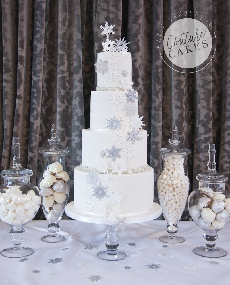 Snowflake Wedding Cake, Serves 135, Price Category B, £760 excl treats
