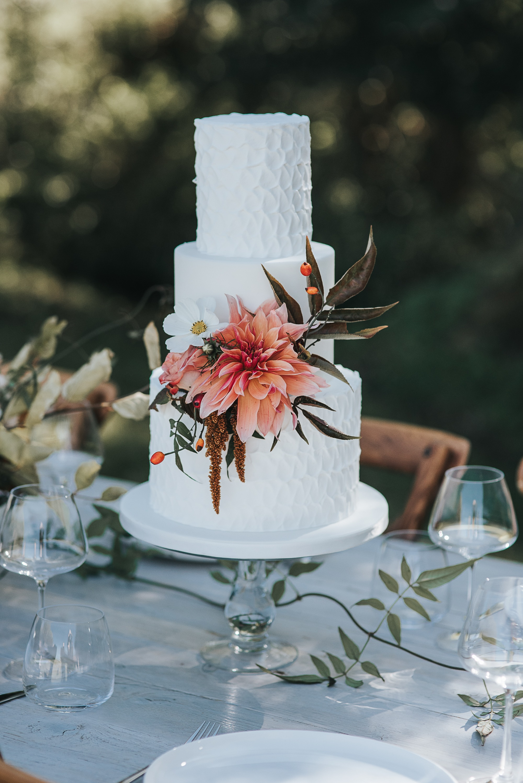 Rustic Elegance Wedding Cake, Serves 80, Price Category B, £395 plus flowers