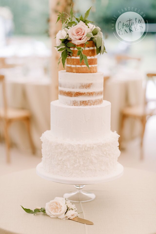 Textures Wedding Cake: Serves 100 portions, £635