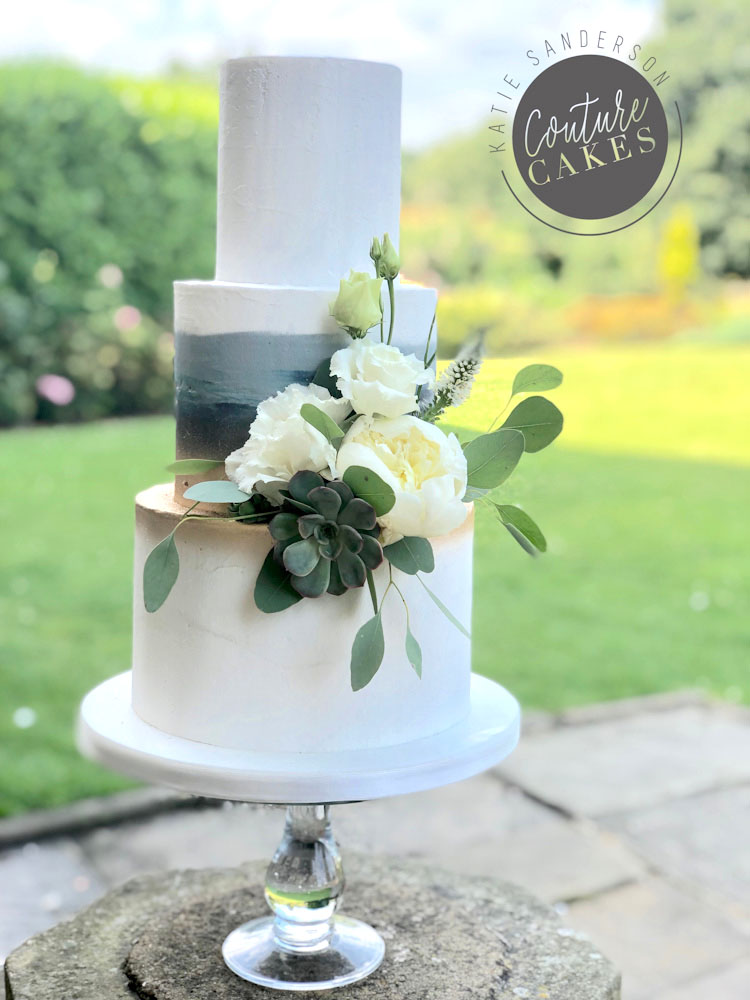 Gold & grey ombre wedding cake, serves 80 portions, Price cat B £435 excl flowers